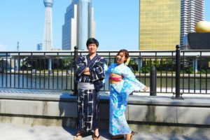 今日花火大会にお出かけするそうです~(*^ー^)ノ♪紺地の浴衣とブルーの浴衣がとてもお似合いです\(^_^)/楽しんで下さいね❤