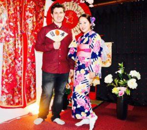 台湾からお越しのお客様です^_^ 艶やかなお着物をお選び頂きました💕 和服体験ありがとうございます 來自台灣的客人,選了藍色底豔麗花朵的和服,顏色很適合您!!謝謝您體驗本店和服,祝您玩得愉快~