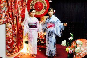 台湾からお越しのお客様です💕 伝統的な和柄の浴衣をお選び頂きました👘💕日本旅行楽しんで下さいね✈️ 來自台灣的客人,傳統的花紋浴衣非常適合兩位,祝您們在日本玩得開心