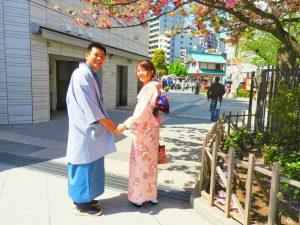 中国からのお客さまです。伝統的なスタイルで、とてもお似合いのカップルです!着物体験ありがとうございます????
