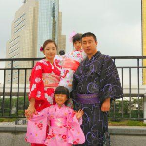中国からの御家族です。浴衣体験ありがとうございます\(^_^)/暖色系をお選び頂きました(^^)