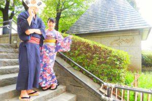 上品な和柄のラメの浴衣とメンズは綿麻の紺の浴衣をお選び頂きました!とてもお似合いで素敵です\(^_^)/浅草散策楽しんで下さいね(*^ー^)ノ♪