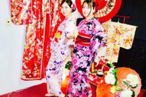 台湾からお越しのお客様です😊 艶やかな浴衣をお選び頂き浅草観光にお出掛けです💕 初めての和服体験ありがとうございます👘楽しんで下さいね(*^▽^*)🎵 來自台灣的客人,豔麗華麗的浴衣~~很適合您超可愛的~謝謝您們初次體驗本店日本傳統浴衣唷~