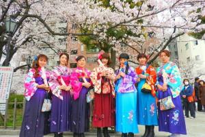 艶やかなカラフルの袴をご利用頂きました( ^-^)ノ又のご来店お待ちしております????