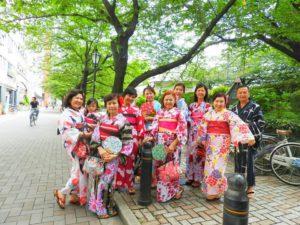 マレーシアからの大家族です\(^_^)/日本の伝統浴衣を皆さんで体験して頂きました~ありがとうございます!艶やかな浴衣をお選び頂き、可愛くてとても素敵です💖東京観光楽しんで下さいね(*^ー^)ノ♪