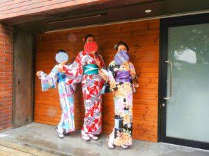 中国からのお客様です\(^_^)/皆さん上品で素敵な浴衣と帯をお選び頂きました、帯アレンジとヘアーセットがとてもお似合いです💖メイクアップもさせて頂きました~浅草散策楽しんで下さいね(*^ー^)ノ♪