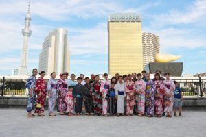 台湾から団体プランご利用でお越しのお客様です💗皆様素敵な浴衣をお選び頂きました💗華やかで素敵ですね(*^▽^*)和服体験ありがとうございます😊楽しんできて下さいね^ ^來自台灣的團體客人。大家都非常可愛唷!謝謝大家😍祝您們在淺草玩得愉快