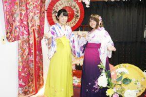海外からお越しのお客様です😊 袴プランをご利用頂きました💕 伝統体験ありがとうございます😊楽しんで下さいね(*^▽^*)  來自海外的客人,選擇傳統的袴服來體驗,謝謝您們,祝您們玩得愉快!
