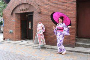台灣客,到東京旅行準備在淺草觀光!