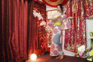 來自中國的客人體驗了繡球花的可愛浴衣!