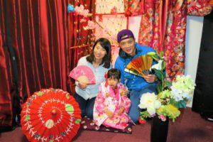 來自香港的小女孩穿上了可愛又華麗的兒童振袖!