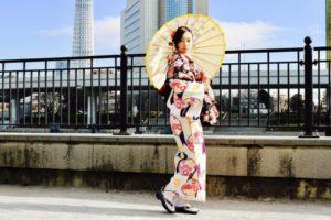 撮影でご利用頂きました❤️モデルの #ゆうこ さんです(*^◯^*) 日本伝統の矢羽のお着物をお選び頂き素敵に着こなして頂きました👘✨ とてもお似合いです!! ご利用ありがとうございます😊❤️  今日因參加攝影本店著裝的模特兒 ゆうこ 小姐 選擇日本傳統的箭羽花樣和服,非常棒非常適合您喔! 謝謝您