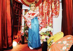 台湾 からお越しのお客様です❤️❤️ 2回目のご利用で本日は袴 をご利用頂きました(*^^*)✨✨赤い 伝統柄 の #お着物 にブルーの袴がとてもお似合いで可愛いです😍! 日本旅行楽しんで下さいね 來自台灣的客人,第二次來本店體驗和服,這次體驗的袴服,紅色的和服搭配藍色系的袴服、非常適合您喔!祝您在日本玩的開心❤️