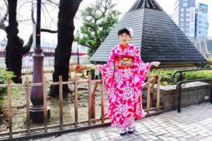 #香港  からお越しのお客様です。お嬢様が #本振袖  をお選び頂きました👘✨ #伝統体験  ありがとうございます😊    来自香港的客人❤️。选择了漂亮的振袖。谢谢你们来体验传统和服哦👘
