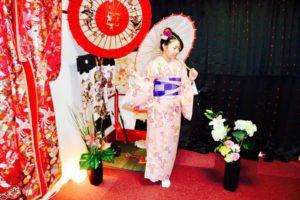 #香港 からお越しのお客様です♪ #花柄 の可愛らしい #お着物 をお選び頂きました(^∇^)とてもお似合いで素敵です😊 #和服体験 ありがとうございます😊 來自香港的客人唷,客人選擇了可愛花紋的和服。很可愛很適合您唷,祝福您在淺草觀光愉快。(^∇^)