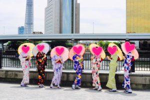 海外からお越しのお客様です。和服体験ありがとうございます👘浅草を満喫して下さいね😊 來自海外的客人,謝謝您體驗本店的和服,祝各位在淺草玩得開心唷!!