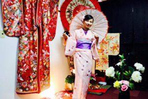 ベトナムからお越しのお客様です💕 当日プランご利用頂きました\(^o^)/ ピンクの花柄の可愛らしいお着物がとてもお似合いです💕  日本旅行楽しんで下さいね✈️ 來自越南的客人,選擇可愛的粉色花紋和服,非常適合您 祝您在日本旅行愉快