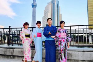 台湾からお越しのお客様です💕和服体験ありがとうございます😊皆様それぞれお似合いで素敵です(*^▽^*)浅草観光楽しんで下さいね。 來自台灣的客人,感謝大家體驗本店的和服唷💕大家穿起來都超級可愛~(*^▽^*)祝各位在淺草拍照愉快~