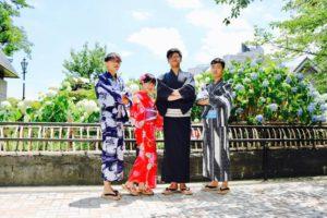 台湾からお越しのお客様です(*^▽^*)可愛い浴衣をお選び頂きました👘皆様それぞれとてもお似合いで素敵です💕浅草観光楽しんで下さいね😊 來自台灣的客人,選擇了傳統紳士感以及可愛的紅色浴衣,大家都超美超帥的~~祝您在淺草玩得開心唷💕