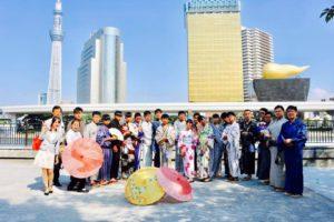 台湾からお越しの20名様です💕団体プランをご利用頂きました👘伝統的な和服体験ありがとうございます😊日本旅行楽しんで下さいね。 來自台灣的20位客人,男士們穿著傳統的日本浴衣非常帥氣呢!謝謝大家,祝你們在淺草以及日本旅遊愉快!✈️