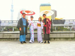 台湾からのお客さまです。仲良く着物体験ありがとうございます(●^o^●)