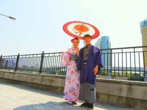 中国からのお客さまです。伝統的な羽織に着物と、とてもお似合いです\(^o^)/