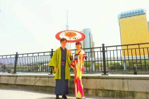 伝統的な羽織に着物で、とてもお似合いです\(^o^)/浅草散策楽しんでくださいね(σ≧▽≦)σ