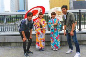 艶やかなお着物で、日本情緒あるお着物がとてもお似合いです\(^o^)/浅草散策楽しんでくださいね(σ≧▽≦)σ