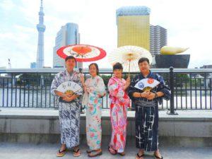 台湾からのお客様です\(^_^)/日本伝統の暖色系の浴衣をお選び頂きました!皆さんとても素敵でお似合いです~浴衣体験ありがとうございます(*^ー^)ノ♪