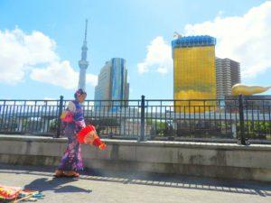 中国からのお客様です\(^_^)/日本伝統的な浴衣をお選び頂きました!浴衣体験ありがとうございます(*^ー^)ノ♪