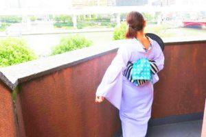 紫色の上品な浴衣をお選び頂きました(^^) とてもお似合いで素敵ですね!