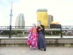 香港からのお客様です!日本伝統の艶やかなお振袖と市松模様のメンズ袴を体験して頂きました(^^)とてもお似合いです(*^ー^)ノ♪ 香港來的客人,女士選擇了本店的振袖体験、男士選擇了本店的袴体験,超級帥氣和美麗哦(^^)