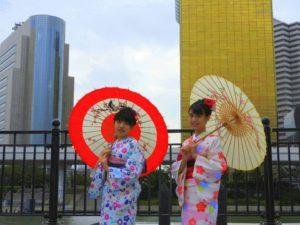 台湾からのお客様です\(^_^)/上品なお着物がとてもお似合いで素敵です★浅草観光楽しんで下さいね(^-^) 台湾來的一對姐妹花,選擇的都是本店的人氣可愛款哦。全部都是高質感的新入和服哦!祝你們今天玩得開心哦