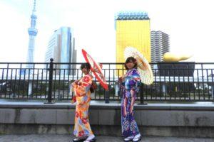 日本伝統の矢羽根に花柄の上品なお着物をお選び頂きました(^^)とてもお似合いです♪浅草散策楽しんで下さいね(*^ー^)ノ♪