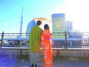 台湾からお越しのお客様です\(^_^)/和服体験ありがとうございます( ^-^) 來自台灣的客人!女生選擇了亮橘紅色的和服,很特別的款式呢!男士選擇抹茶色的羽織也很好看呢!願您們有美好的一天喲!