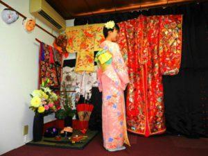 內蒙古からのお客様です(^o^)ピンクのお着物をお選び頂きました(^^)とても素敵です\(^_^)/浅草散策楽しんで下さいね! 來自內蒙古的客人^.^選擇了粉色的和服,黃色和翠綠色的袋帶做搭配,粉嫩柔和色系,好看極了!希望今日的和服體驗能讓這次的日本旅程留下一段美好又特別的回憶!
