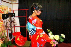 赤い上品な和柄のお着物をお選び頂きました(^^)帶もとてもお似合いで素敵ですね\(^_^)/ご利用ありがとうございます(^^)/ 客人選擇了豔紅色素雅款的和服\(^_^)/袋帶顏色與和服也很搭呢!日式傳統優雅風!感謝您的來店喲(^^)