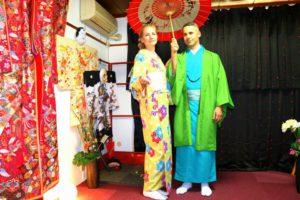 #フィンランドからお越しのお客様です(^^)v #日本伝統 スタイルをお選び頂きました(^^)とても素敵で、おにあいです。#浅草観光 楽しんで下さいね(*^ー^)ノ♪ 來自芬蘭的客人(^^)ノ兩位均選擇了綠色系的和服,顏色柔和明亮,超級適合好看!日本旅行玩得愉快喲♪♪