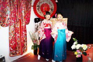 海外 からお越しのお客様です(^^) 袴をお選び頂きました\(^^)/とてもお似合いで素敵ですね( ´ ▽ ` ) 浅草観光 楽しんでください^ ^