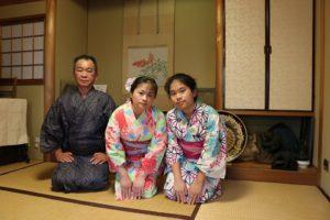 台灣來的團體客人,一家三口真可愛!