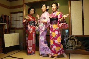 台灣來的團體客人,美女3名