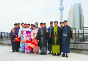 台湾からお越しいただいた14名の団体様です。