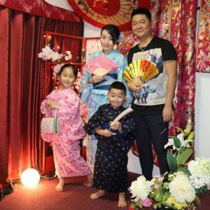 海外客人可愛的家族一起留下美好回憶!