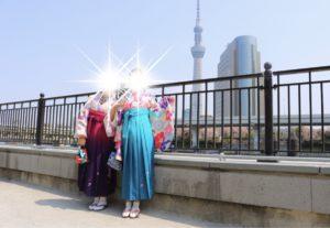 台灣的兩位女士選擇了我們的袴套餐!顏色鮮豔俏麗,是春天的顏色呢!