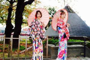 台湾からお越しのお客様です❤️伝統的な和柄のお着物をお選び頂きました👘ヘアーセットも当店にてしてます。とてもお似合いで素敵ですね😍