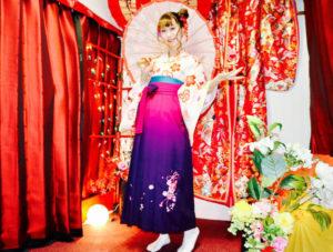 #海外 からお越しのお客様です❤️ #袴プラン をご利用頂きました👘✨ #ヘアーセット もお似合いでとても可愛らしいです❣️ #伝統体験 ありがとうございます😊👍楽しんで下さいね🎵  来自#海外#的客人💕。 选择了利用#袴#在浅草观光👘。发型设计也十分漂亮,希望你们在#日本旅游#的开心哦😍😍