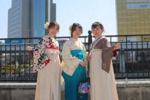 人気の袴で浅草散歩