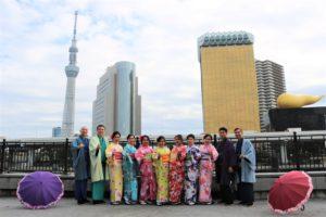 印尼來的團體客人,校友會一起穿和服紀念