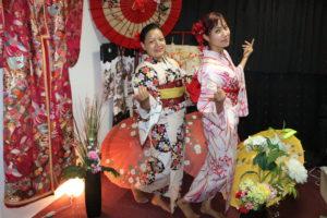 オーストラリアからお越しのお客様です。和服体験ありがとうございます😊。日本の伝統の和柄をお選び頂きました。とてもお似合いで素敵ですね💕 來自澳洲的的客人,謝謝您來體驗和服,選擇日本傳統的日式花紋,非常適合您們喔❤️