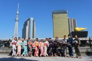 跟好夥伴們一起到淺草玩的台灣客人們!